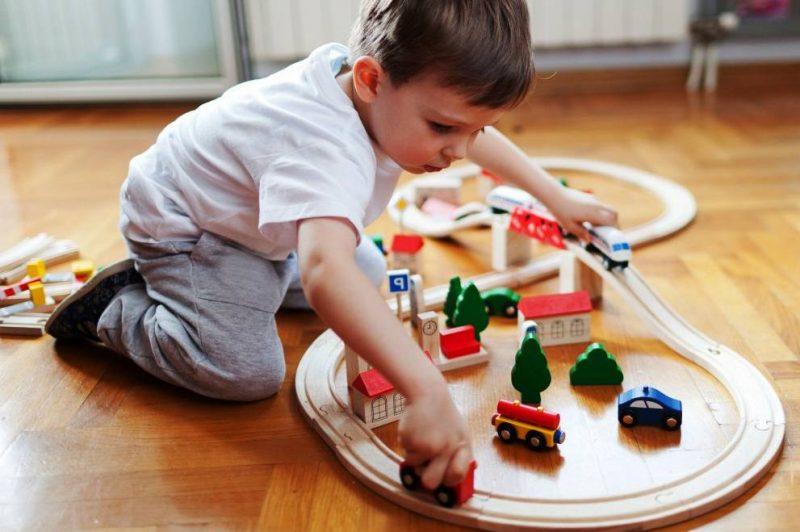 Дървени играчки за деца онлайн